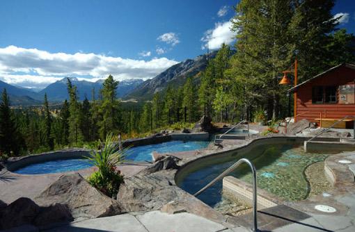 hidden-ridge-pools-summer