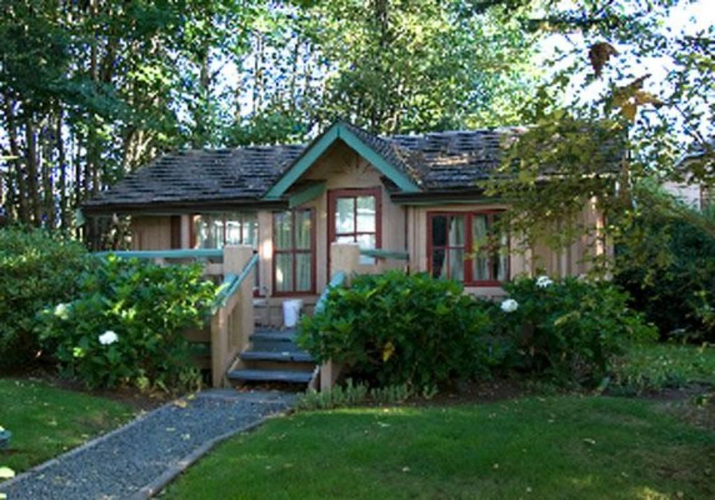 painters lodge  cabin.jpg.1024x0